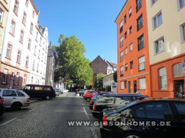 bornheim 2 3 zimmer wohnung zum wohlf hlen im stilaltbau. Black Bedroom Furniture Sets. Home Design Ideas