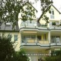 Stylish Home with view into trees - 4 rooms (2-3BR) - Erlenbachaue!